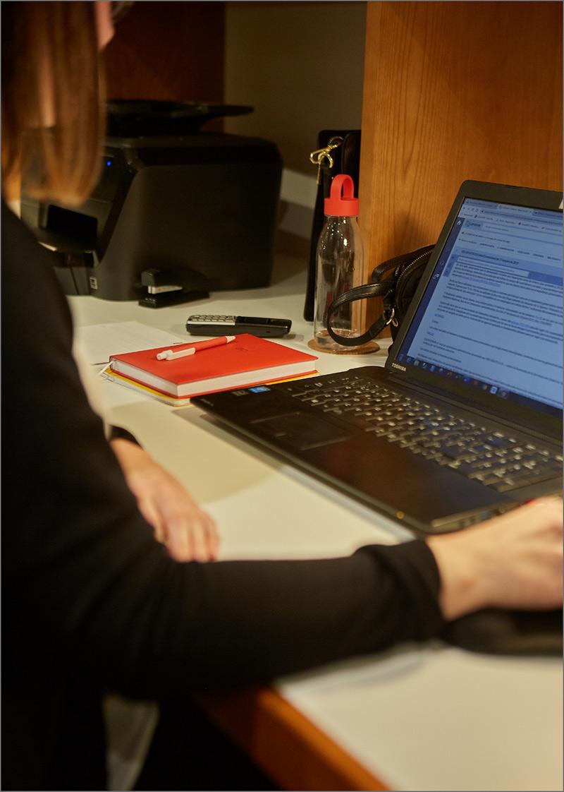 Mosquera Abogados y Economistas en la oficina